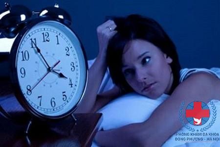 bệnh nổi mề đay ban đêm có nguy hiểm không