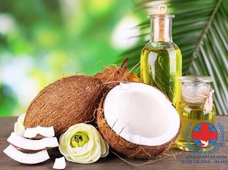 Tác dụng chữa rụng tóc của dầu dừa cũng như kích thích tóc mọc nhanh