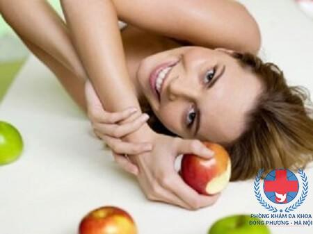 Cách chữa rụng tóc bằng giấm táo hiệu quả