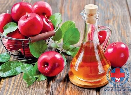 Giấm táo có tác dụng chữa bệnh rụng tóc