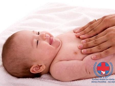 Cách điều trị viêm da dị ứng ở trẻ sơ sinh