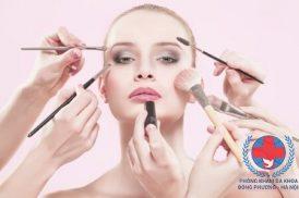 Nguyên nhân và dấu hiệu dị ứng da mặt là gì?
