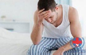 Hiện tượng đi tiểu buốt có mủ ở nam giới là gì?