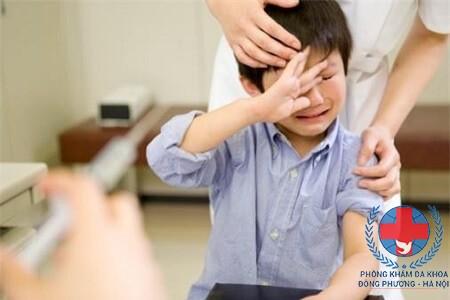 Hiện tượng đau tinh hoàn ở trẻ em có nguy hiểm không?
