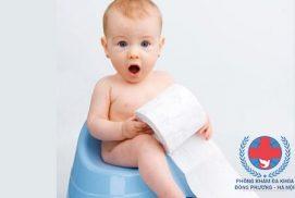 Trẻ đi tiểu nhiều lần trong ngày nguyên nhân và cách phòng tránh
