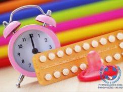 Vừa hết kinh uống thuốc tránh thai hàng ngày được không?