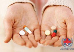 Viêm da dị ứng uống thuốc gì