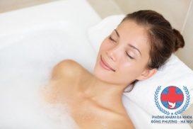 Dị ứng da | Dị ứng da có nên tắm không?