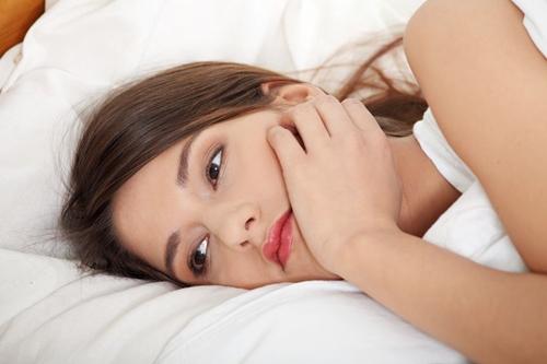 Tại sao bị viêm lộ tuyến cổ tử cung